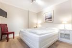 Appartement-Vermietung Bals - Haus Rosengrund - Boy-Truels-Straße 2b | Sylt | Westerland, 3-Zimmer-EG-Wohnung  | Maisonette für 4 Personen mit 2 Schlafzimmer, 2 Badezimmer, Gäste WC, ca. 82 m2 - Bild-14